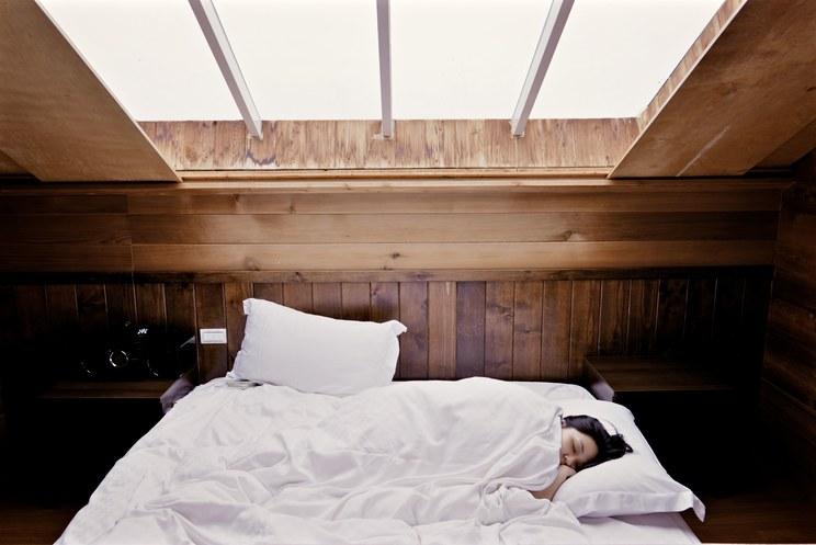 我们在床上用掉了人生三分之一的时间,你想过为什么吗?